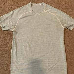 Lululemon Men's Shirt -Size Large- Great Condition
